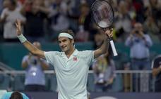 Federer liquida a Isner y conquista su cuarto título en Miami