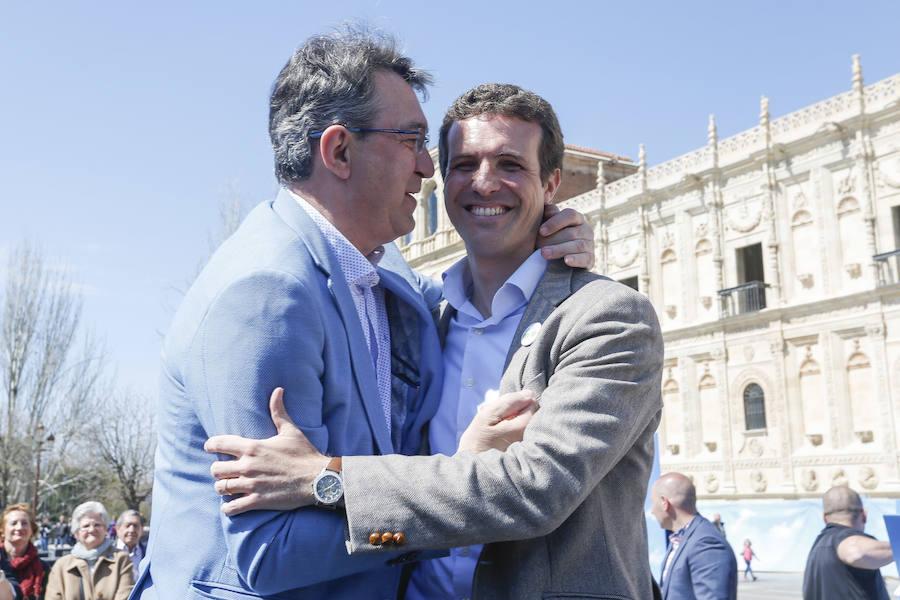 Acto de precampaña electoral de Pablo Casado León