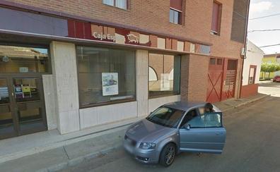 Herido grave un varón al caer desde una escalera en Pobladura de Pelayo García