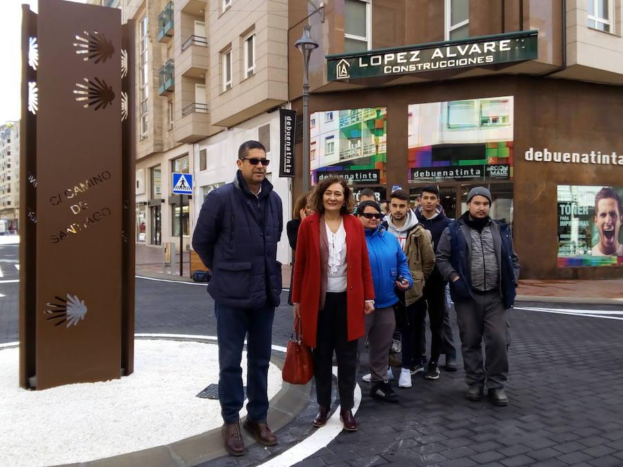 La calle Camino de Santiago de Ponferrada estrena nueva imagen