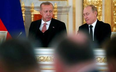 Pese a las advertencias de EE UU y la OTAN Erdogan sigue comprándole armas a Putin