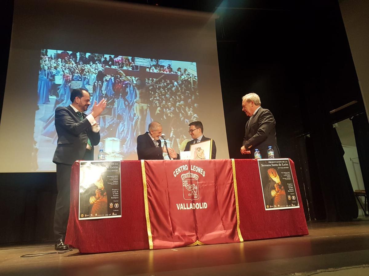 Presentación de la Semana Santa de León en Valladolid