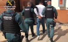 La Guardia Civil detiene a los padres del sospechoso del crimen de Vinaròs