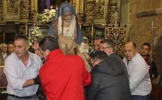 Los mozos del Mercado encienden la Semana Santa de León