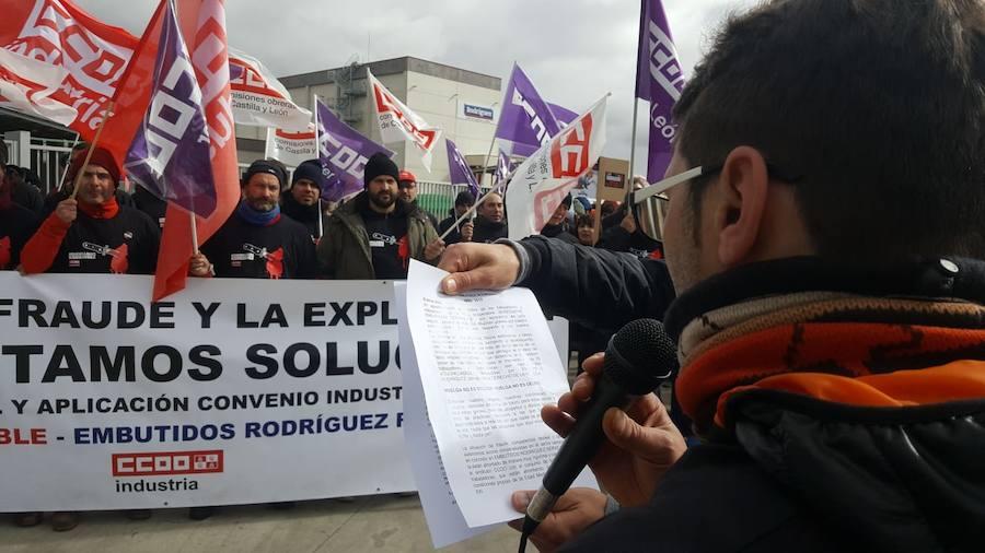 Los trabajadores de Embutidos Rodríguez vuelven a la calle