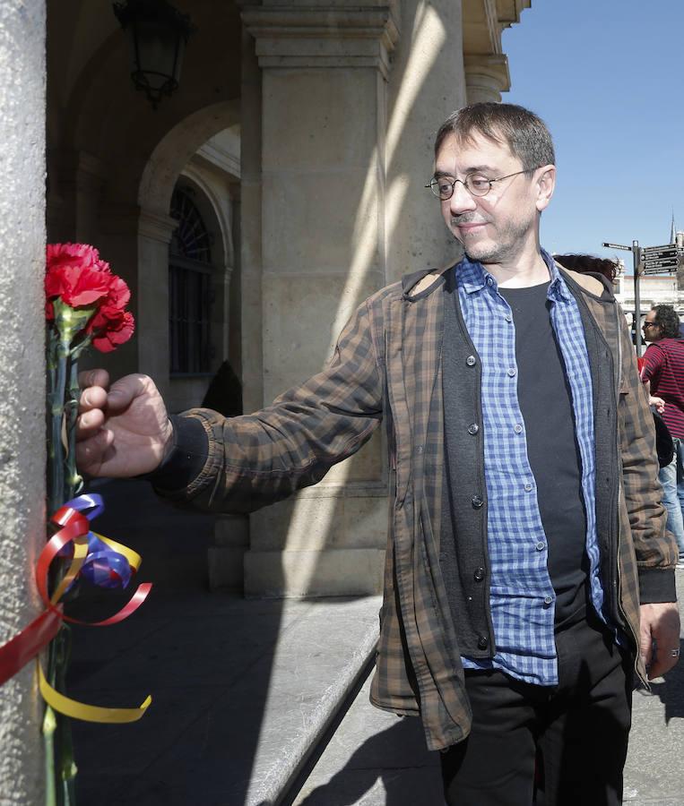 IU organiza un 'Paseo Republicano' por las calles de León