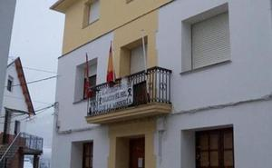 El PSOE exige a Majo que destituya a su concejal de Palacios del Sil condenado por agredir a un edil socialista