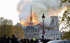 Espectacular incendio en Notre Dame