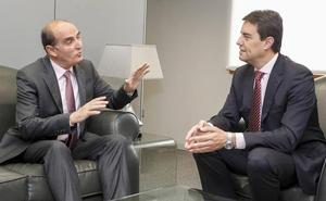 Las Cortes ensalzan la labor del Procurador del Común como «termómetro de la calidad democrática»