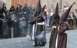Quince internos del CIS de León pujarán la Condena de Cristo en la Procesión del Perdón