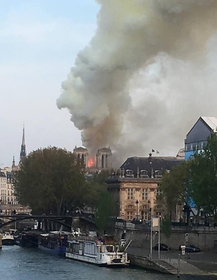 Las imágenes del incendio de la Catedral de Notre Dame