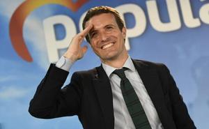 Casado mantiene el tono elevado contra Sánchez pese al escaso impacto en los sondeos