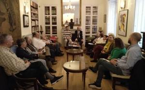 Ecos de la Semana Santa de la provincia, en las tertulias culturales de la Casa de León en Madrid