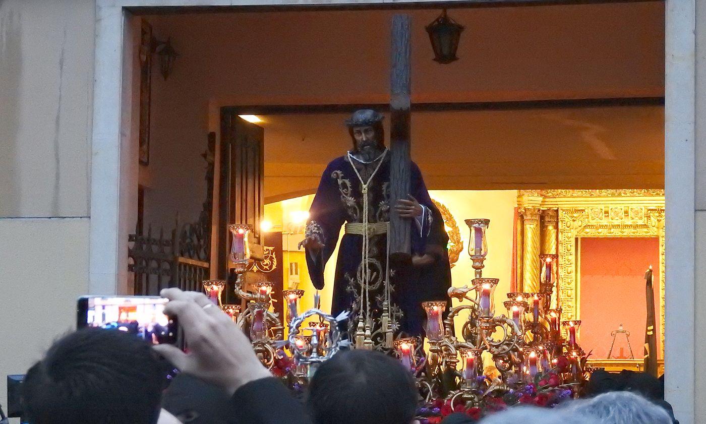 León despierta en Santa Nonia