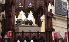 Minerva devuelve al Santo Entierro todo su esplendor