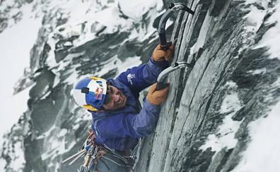 Dan por muertos a tres destacados alpinistas tras una avalancha en Canadá