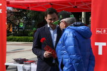 El PSOE sale a la calle en León