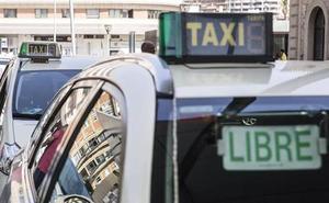 Fomento pone bajo lupa a los VTC en sus inspecciones para evitar la competencia desleal con el taxi