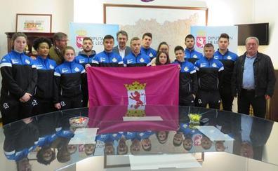 La selección de lucha leonesa acude al Europeo con el reto de ser «el mejor equipo»
