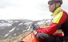 Rescatado en helicóptero un norteamericano que cayó 30 metros en la vertiente burgalesa de Lunada