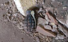 Aparece una granada de mano entre los escombros de una obra en la Plaza del Conde Luna