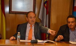 El alcalde de Bembibre destituye a dos de sus concejales por presentarse por Ciudadanos