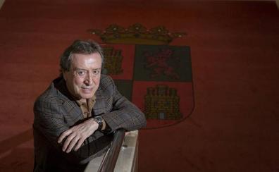 De Santiago-Juárez considera un error la «derechización» de Pablo Casado