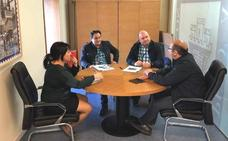 El Ayuntamiento de La Pola de Gordón se reúne con Telefónica para llevar a cabo el plan de Despliegue de fibra óptica
