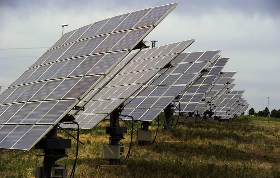 Medina acogerá dos parques solares con más de 130.000 placas instaladas
