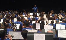 La Escuela Municipal de Música de Valencia de Don Juan se «estrena» en la Banda de Música de León