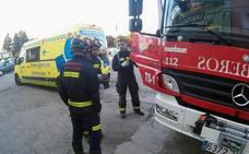 Herido muy grave un menor al caerse desde el tejado al interior de una nave industrial en León