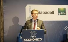 Feijoo a Herrera en el Foro Económico de El Norte de Castilla: «No te puedes ir porque te necesitamos»
