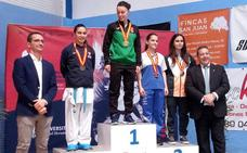 Virginia Granado, oro en el campeonato universitario de Kárate