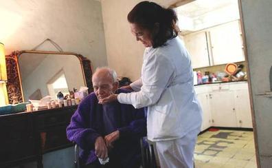Unos 1.700 castellanos y leoneses no trabajan por cuidar a un familiar, según Adecco