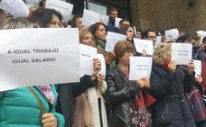 «A igual trabajo, igual salario», la reclamación de la Justicia leonesa ante brechas salariales de casi 900 euros