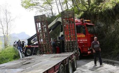 Tráfico prevé restringir el paso de autobuses y camiones entre León y Asturias por el desfiladero de los Beyos