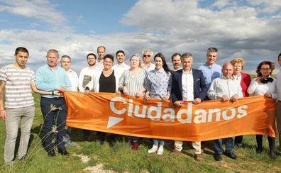 Cs apuesta por 'devolver a la vida' al municipio de Valdefresno