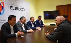 Una delegación de empresarios chinos se interesa por los productos de calidad del Bierzo y su industria transformadora
