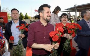Luis Tudanca defiende que con el PSOE la Junta «saldrá de los despachos» y dejará de ser «el padre que tutela»