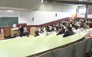 Más de 5.000 personas buscan en León una de las 1.579 plazas en las oposiciones de enfermería