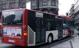 Los autobuses urbanos de León inician las movilizaciones con paros intermitentes hasta el 24 de mayo