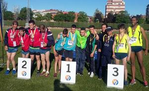 El atletismo de Asprona-León logra grandes éxitos en Palencia
