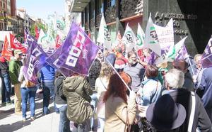 El 75% de los conductores secunda la huelga de buses urbanos de León según los sindicatos