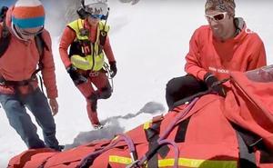 Los montañeros piden cambiar el protocolo de actuación del helicóptero de Rescate de la Junta