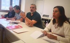 La candidata de Izquierda Unida por León a las Cortes expone su programa a los sindicatos