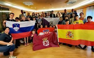 Doce alumnos y seis profesores llegan a Valencia de Don Juan con el programa Erasmus +