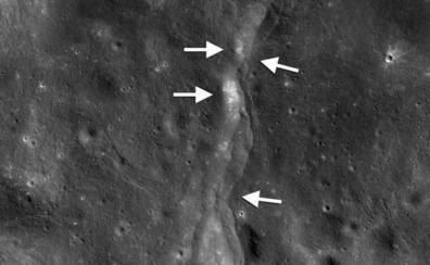 La Luna se encoge y se arruga como una pasa