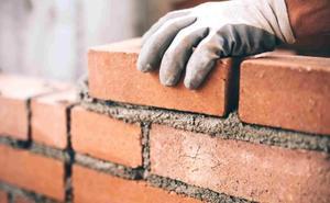 La construcción vuelve a 'tirar' en León con un incremento del 25,3% hasta las 271 viviendas en un mes