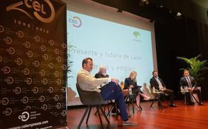 El CEL pone en debate el futuro de León con el aeropuerto, las nuevas tecnologías y el consenso como claves