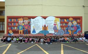 Los alumnos del Puente Castro dibujan la palabra